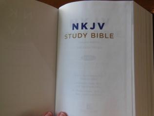 thomas nelson nkkv study bible hard cover 048