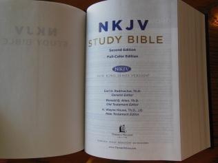 thomas nelson nkkv study bible hard cover 049
