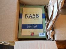 NASB Giant Print Burgundy 002