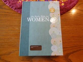 Holman woman's hcsb study bible 003