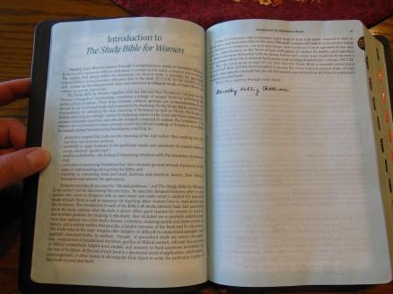 Holman woman's hcsb study bible 032
